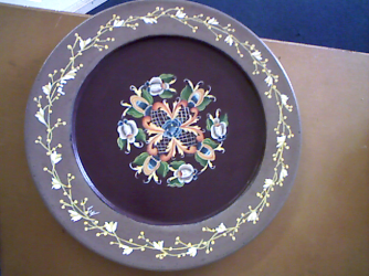 ROSEMAILING ON WOOD PLATE HAND PAINTED